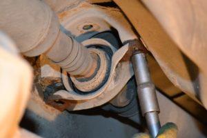 Замена подвесного подшипника карданного вала